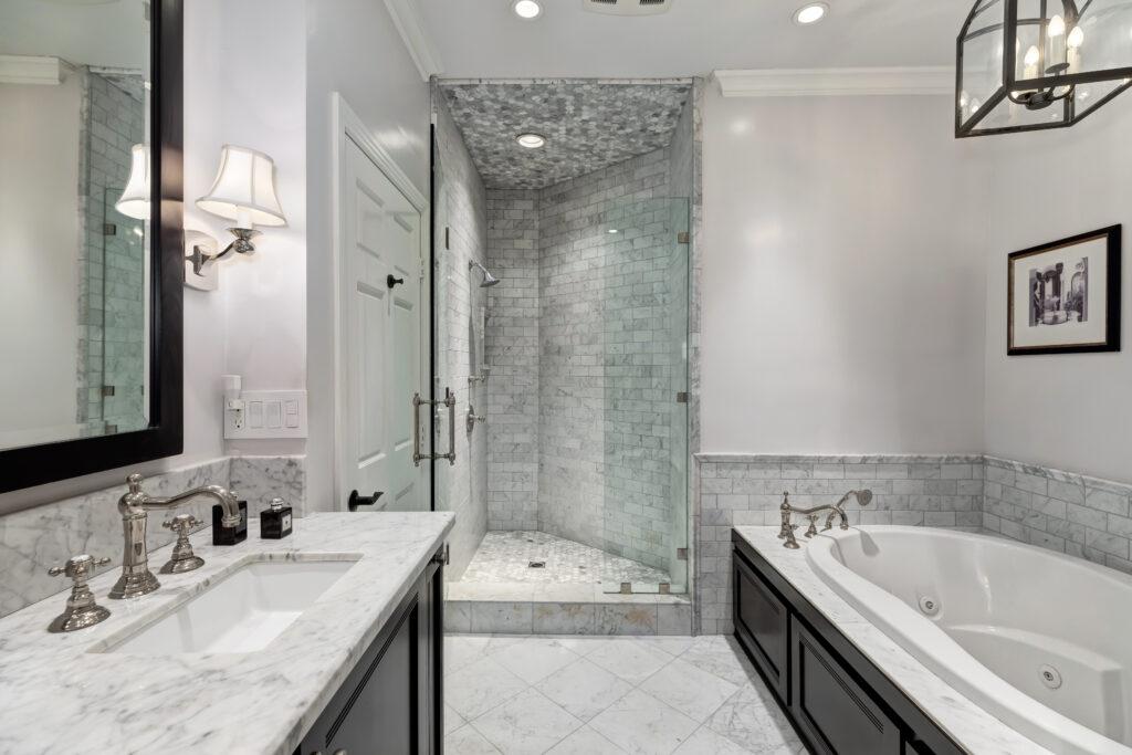 1169 Wellesley bathroom design