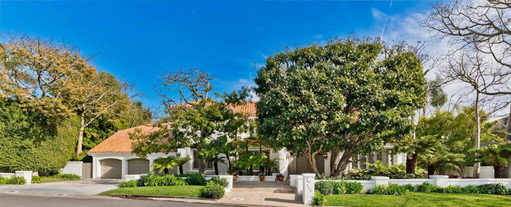 550 Spoleto, Palisades at curb appeal