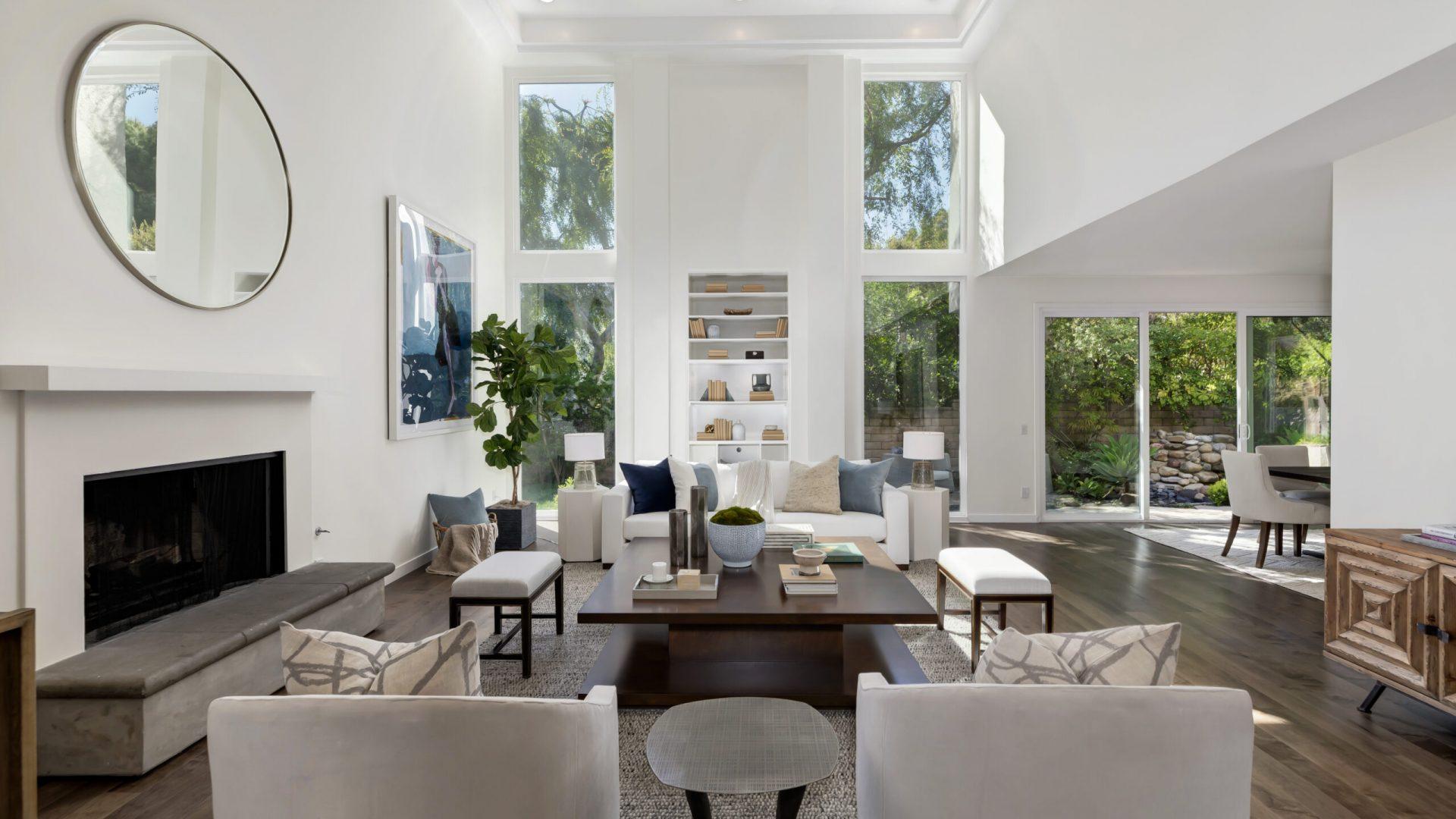 17151 Santa Ynez Interior living area
